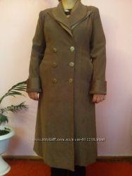 Жіноче пальтішко
