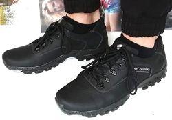 Мужские кожаные чёрные  кроссовки Columbia треккинговая подошва