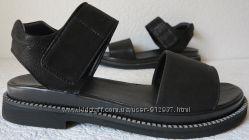 Летние удобные и стильные чёрные женские босоножки Lion из натуральной кожи