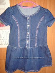 Джинсовое платье в новом состоянии.