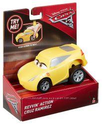 Тачки 3 Круз Рамирез, Disney Pixar Cars 3 Revvin&acute Action Cruz Ramirez