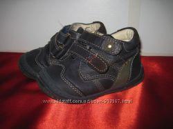 Туфли кроссовки Primigi кожа 20 размер 12 см стелька