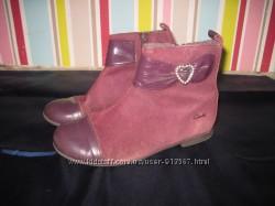 Ботиночки Clarcs для девочки 29 размер 18 см стелька
