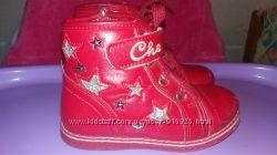 Ярко красные деми ботинки