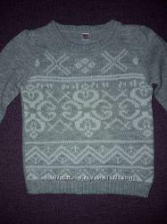 Стильный свитер для модницы