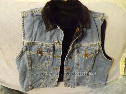Супер модный фирменный пиджак. КУртка джинсовая и желетка2в1