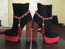 Крутые Ботинки осень 36 размер высокий каблук