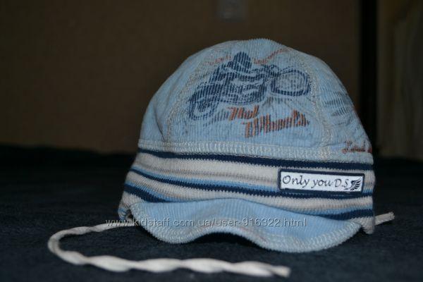 Красивая демисезонная шапочка