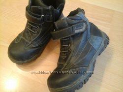 ботинки темно-синие демисезон. 29р. фирма в. мишка