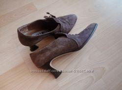 туфли замшевые коричневые 37 размер. ellen tracy