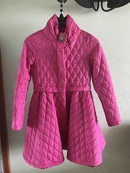 Легкая куртка-пальто на девочку 134 см
