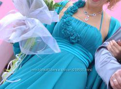 Платье, накидка, перчатки