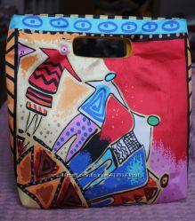 Яркая сумочка от  AVON