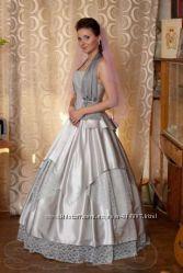 необычное сваебное платье