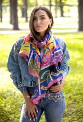 Крутой, модный и яркий шарф Весна-осень