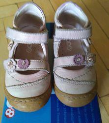 Кожаные туфельки Mod8 р. 22