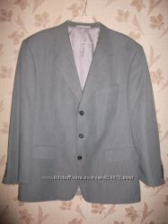Продам костюм мужской, в подарок-рубашки