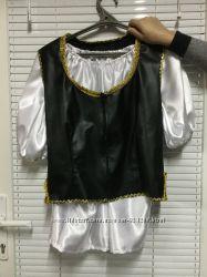 Много разных костюмов для аниматора - Пиратка Мэри