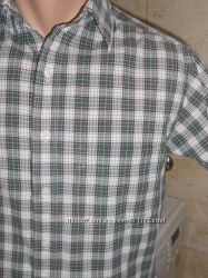 Рубашка с коротким рукавом в зеленую клетку. Размер S