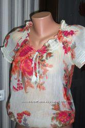 Яркая шифоновая блузка с 3D рисунком. Размер S М