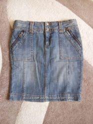 Фирменная джинсовая  юбка  Orsay, размер С, и др.