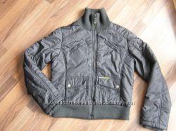 Куртка деми Colin&acutes, размер М