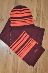 Продам набор шапка и шарфик в идеальном состоянии