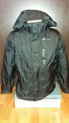Продам куртку брендовую Adventurers с подкладкой, на возраст 7-8 лет.