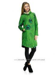 НОВОЕ пальто демисезонное зеленое с цветочным рисунком и карманами