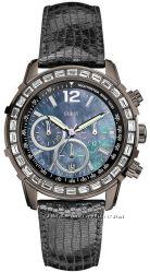 Продам новые часы GUESS