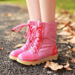 Яркие розовые осенние, весенние ботиночки