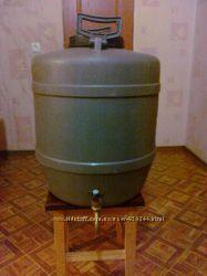 продам пластиковые бочки 55-60 л. под воду, топливо, масла. 110-120 л. душе