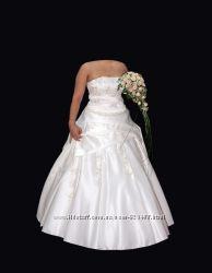 Продам атласное свадебное платье