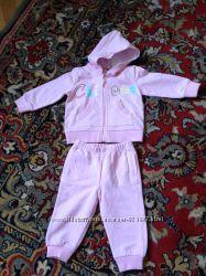Спортивний костюмчик на дівчинку 6-12 місяців Chicco