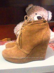 Ботинки Jessica Simpson, танкетка