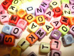 Буквы на кубиках-бусинах и на круглых плоских бусинах - декор, фурнитура