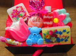 Подарочные наборы к 8 Марта