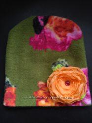Дитяча шапочка з квіткою