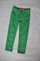 Штаны скинни  зеленые, вельвет, звезды 4-5 лет