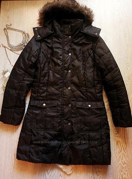 Черная длинная куртка утепленная деми с искусственным мехом капюшоном карма