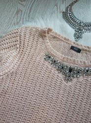 Розовый вязаный свитер с воротником в стразах и камнях украшениях батал бол