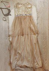 Бежевое вечернее нарядное платье в пол с фатином золотыми серебряными блест