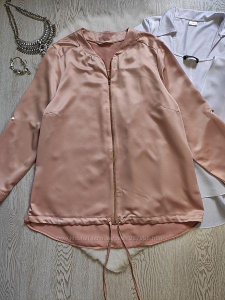 Розовая пудровая легкая куртка на молнии длинная короткая бомбер