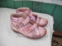 Ботинки кожа р. 28 для девочки