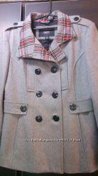 куртка новая  Esprit     44  разм