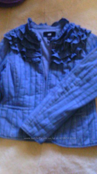 замечательная куртка из легкой джинсовой ткани  отH&M
