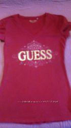 Симпатичная футболка       GUESS