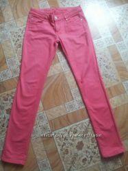 Розовые штаны Colins