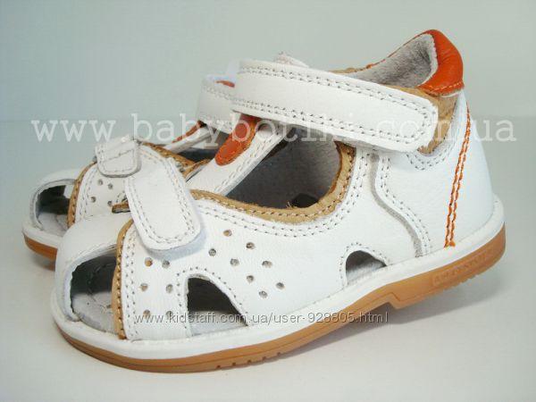 Распродажа Закрытые кожаные сандалии Bi&ki Tom. m.