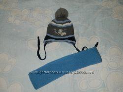 Комплект зимняя шапка и вязаный шарфик на 1. 5-2 года